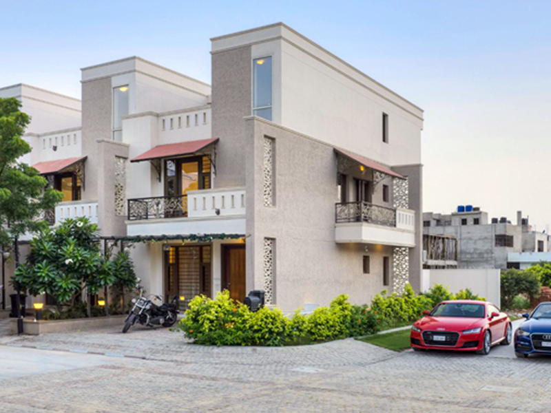 2 floor house in mansarovar